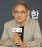 '65세 햄릿' 유인촌 '6번째 연기…나이는 잊기로 했다'