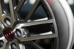 핸즈코퍼레이션, 2016 서울오토살롱에서 BMW M에 특화된 알루미늄 휠 'PR0010' 공개