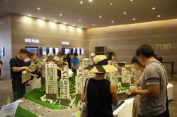 더 뜨거워진 강남 재건축 열기 <br>'부동산 규제카드'가 막을까