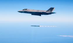 F-35 라이트닝II, <br>25차례 실무장 발사 성공