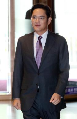 '뉴 삼성' 책임경영..이재용 첫발 떼다