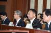 유일호 '원·달러 환율 등락 큰 문제 아냐…급격한 변화 걱정'