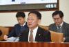 유일호 '4월 위기설' 가능성 희박…대외 불확실성 점검'(종합)