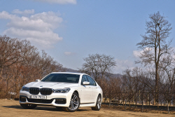 BMW 740d xDrive M 스포츠 패키지 시승기 - 여유로움과 첨단 기술의 융화...