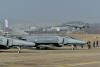 이륙하는 F-4 전투기