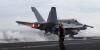 [포토]독수리훈련(FE)-키리졸브(KR) 참가한 핵 항모 칼빈슨호 이륙하는  F/A-18 전투기
