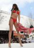 [포토]레바논 비키니 패션쇼, `강렬한 레드`