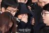 최순실, 법정서 만난 비서 보고 ''눈물 펑펑''…'미안하다'
