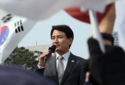 김진태 '檢총장 사퇴하라 黃, '노무현 640만불' 수사 지시해야'