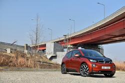 BMW i3 시승기 - 이제는 긴장해야 할 시장의 선구자