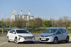 자동차 블로거들의 쉐보레 볼트 EV 그리고 현대 아이오닉 일렉트릭 이야기...