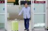 김무성 '노 룩 패스' 논란, G마켓 '캐리어 자율주행 기능 없어'...