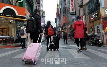 """100일째 돌아오지 않는 유커...업계 """"매출 제로"""""""