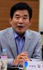 김진표 '소득·법인·부동산 증세, 1년간 공론화 하자'