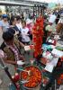 [포토]'글로벌 푸드 페스티벌에서 즐기는 탄두리 치킨'