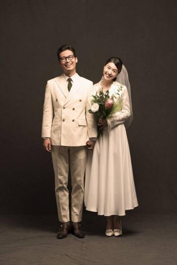 박훈♥박민정, 22일 장수커플서 부부로
