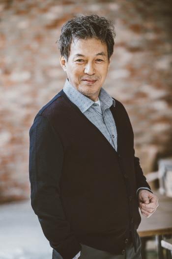 김갑수, 눈 긴급 수술…'빌리 엘리어트' 당분간 하차