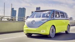 VW 전설 마이크로버스, 전기차 I.D.버즈로 미국서 부활?...