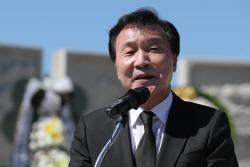 """손학규 """"김정은, 핵무기 리스트 내놓겠다는 약속 했을 것"""""""