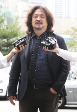 '뉴스공장' 김어준, 회당 출연료 100만원 받아…'라디오 진행자 중 최고 수준'