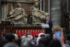 '세례명 티모테오' 文대통령, 성 베드로 성당서 한반도 평화를 노래하다