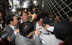 국감 중 서울시청서 몸싸움한 한국당…전례 드문 '뜬금포'