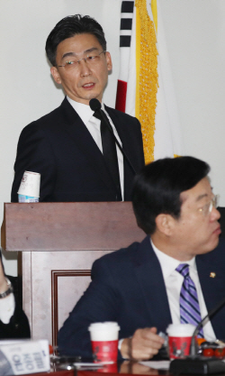 """이국종 """"경기도 제일 윗분""""...이재명 사과"""