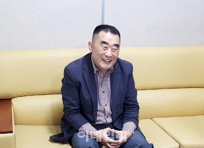 """퇴직 경찰관 박용호씨 """"죽는날까지 유도 가르치며 학생 선도할 것"""""""