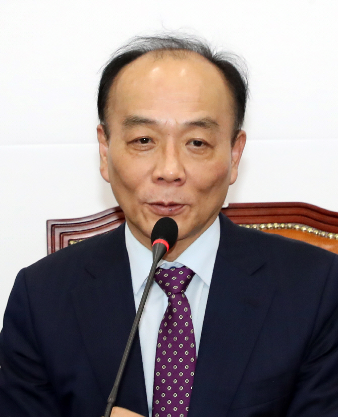 """한국당 경제민주화에 침몰?…""""총선·대선 승리 기반"""""""