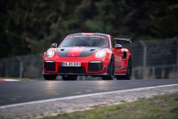 포르쉐 '911 GT2 RS MR', 뉘르부르크링 랩타임 신기...