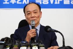 """전원책 """"한국당, 혁신 거부…적어도 절반은 물갈이해야"""""""