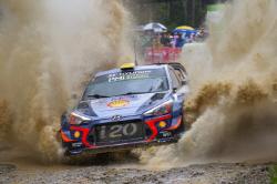 현대차 모터스포츠 시동 걸렸다.. WTCR 우승-WRC 준...