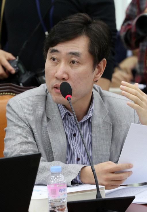 """하태경 """"경찰이 권력 편? 이재명, 위기를 음모론으로 바꾸려 해"""""""