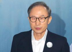 """""""정신 못 차려""""…'골목식당' 백종원, 홍탁집 불시점검"""