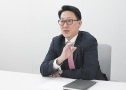"[IB영맨]⑧김용일 KB證 PE부장 ""경쟁PE와의 협업이 성공 비결"""