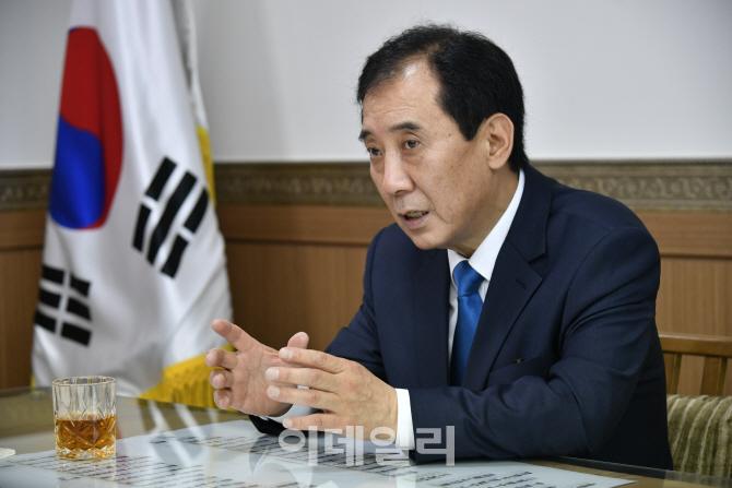 """박윤국 포천시장 """"전철7호선 연장 피해보상 첫걸음"""""""