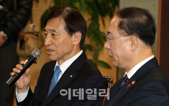 """""""글로벌 혁신 경쟁 숨막힐 정도인데…韓 더디기만 하다"""""""
