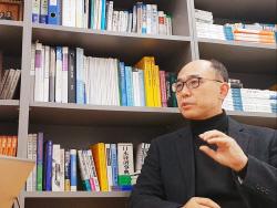 """""""넥슨 김정주, 디즈니 인수추진 때와 180도 달라..정말 심각"""""""