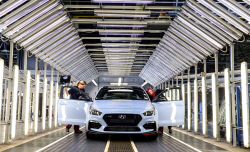 현대·기아차, 유럽 100만대 첫 돌파…친환경차·SUV 견인