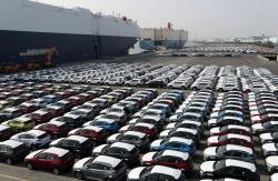 지난해 국내 車생산 400만대 '턱걸이'…3년 연속 감소