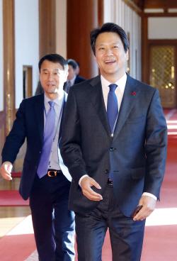 """靑 """"임종석 특보, 한-UAE 경제현안 논의"""""""