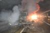 경부고속도로 상행선 탱크로리 화물차 충돌 후 화재