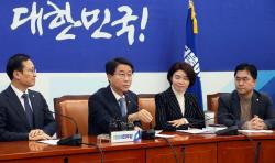 [포토]발언하는 조정식 신임 더불어민주당 정책위의장