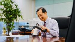 """에너지 CEO 플라스틱 프리 챌린지 행렬…""""일회용 컵 대신 텀블러 써요"""""""