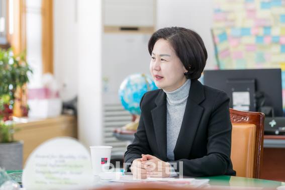 """""""3년내 스마트시티 완성…7500개 미세먼지 신호등 만들 것"""""""