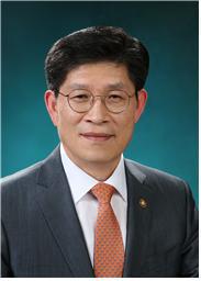 文정부 3년차 공직복무 중점 '적극행정 활성화, 소극행정 엄단'