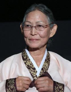 영화 '만신' 실제모델, 큰무당 김금화 별세…향년 88세