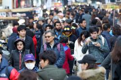 2월 입국자 120만여명…출국자는 261만여명 달해