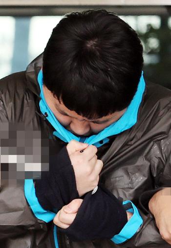 `이희진 부모살해` 피의자 김다운 검찰 송치