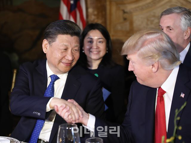 트럼프, 美中무역합의 임박 시사..이르면 '5월말 정상회담'(종합)